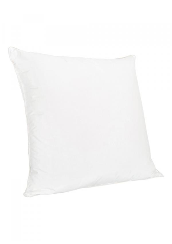 Rhune pillow