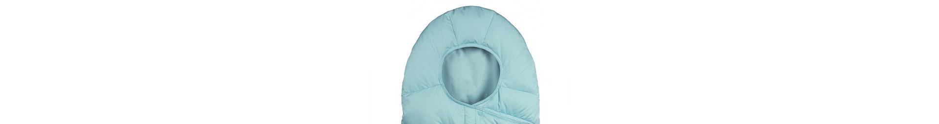 Pyrenex vêtements hiver bébé protégeant du froid hivernal