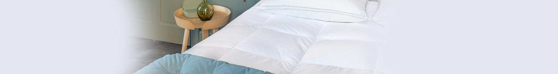 Couette témpéree en duvet naturel pour la mi-saison - Pyrenex